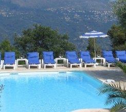 Dejlig pool i Sydfrankrig